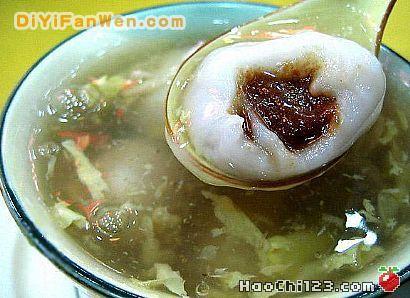 重庆有赖汤圆,成都有郭汤圆,上海江浙一带也有自己的小汤圆.